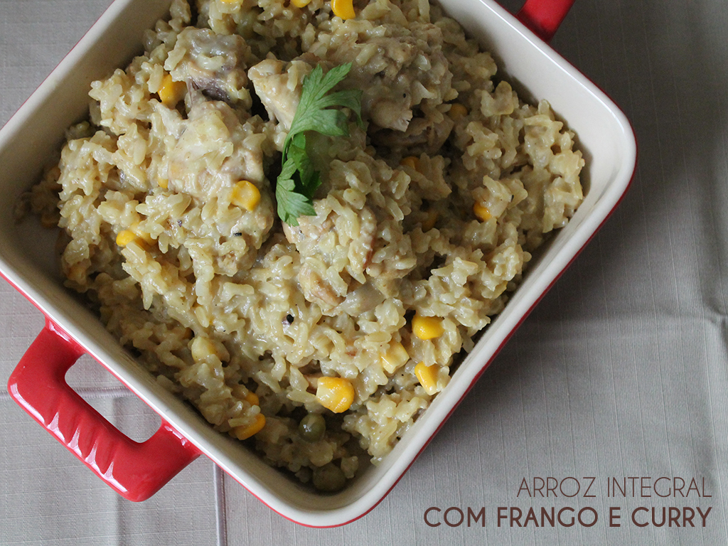 Arroz Integral com Frango e Curry