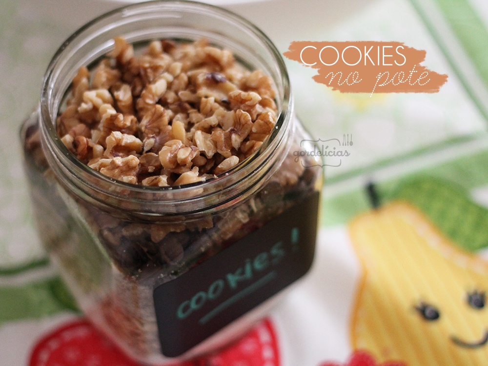 Cookies de Nozes, Aveia e Chocolate