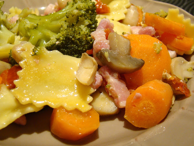 Raviollis com Legumes e Bacon / Raviollis with Vegetables and Bacon