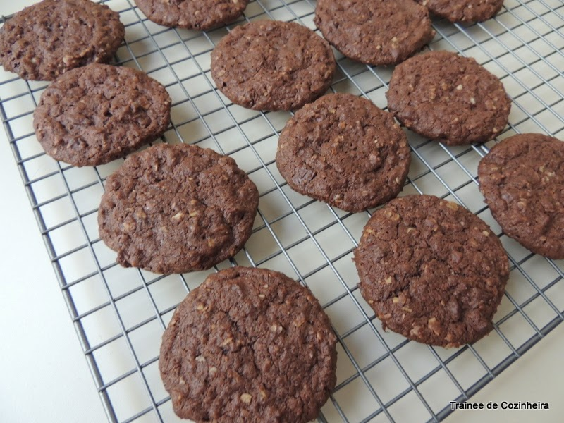 Cookies de chocolate e aveia