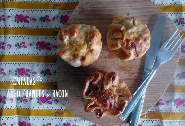 Empadas de alho-francês e bacon/ Leek and bacon mini-pies