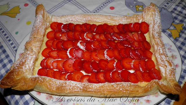 Morangão folhado / Strawberry pie