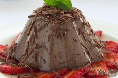 Pudim Mousse de Chocolate