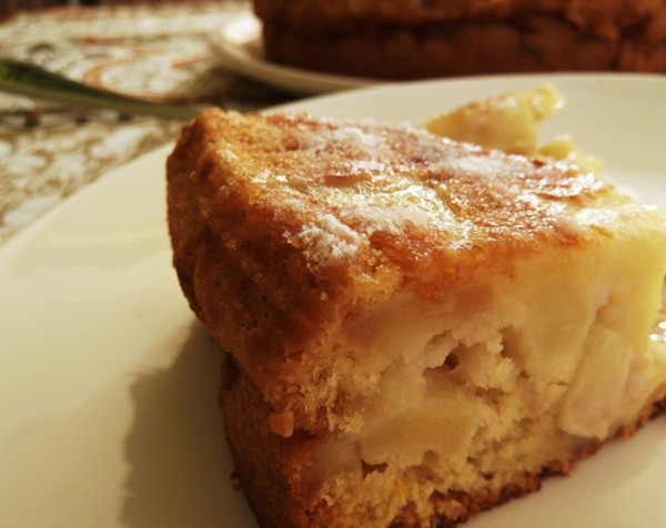 Sharlotka ( Russian Apple Cake )